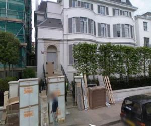 Инвесторы скупают жилье бедных британцев