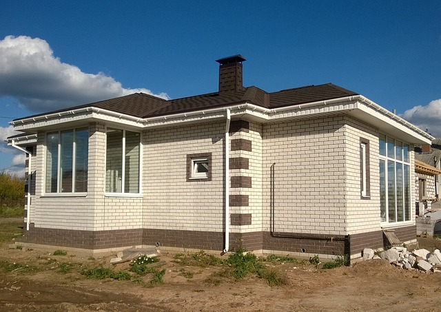 строить дом кирпичный одноэтажный